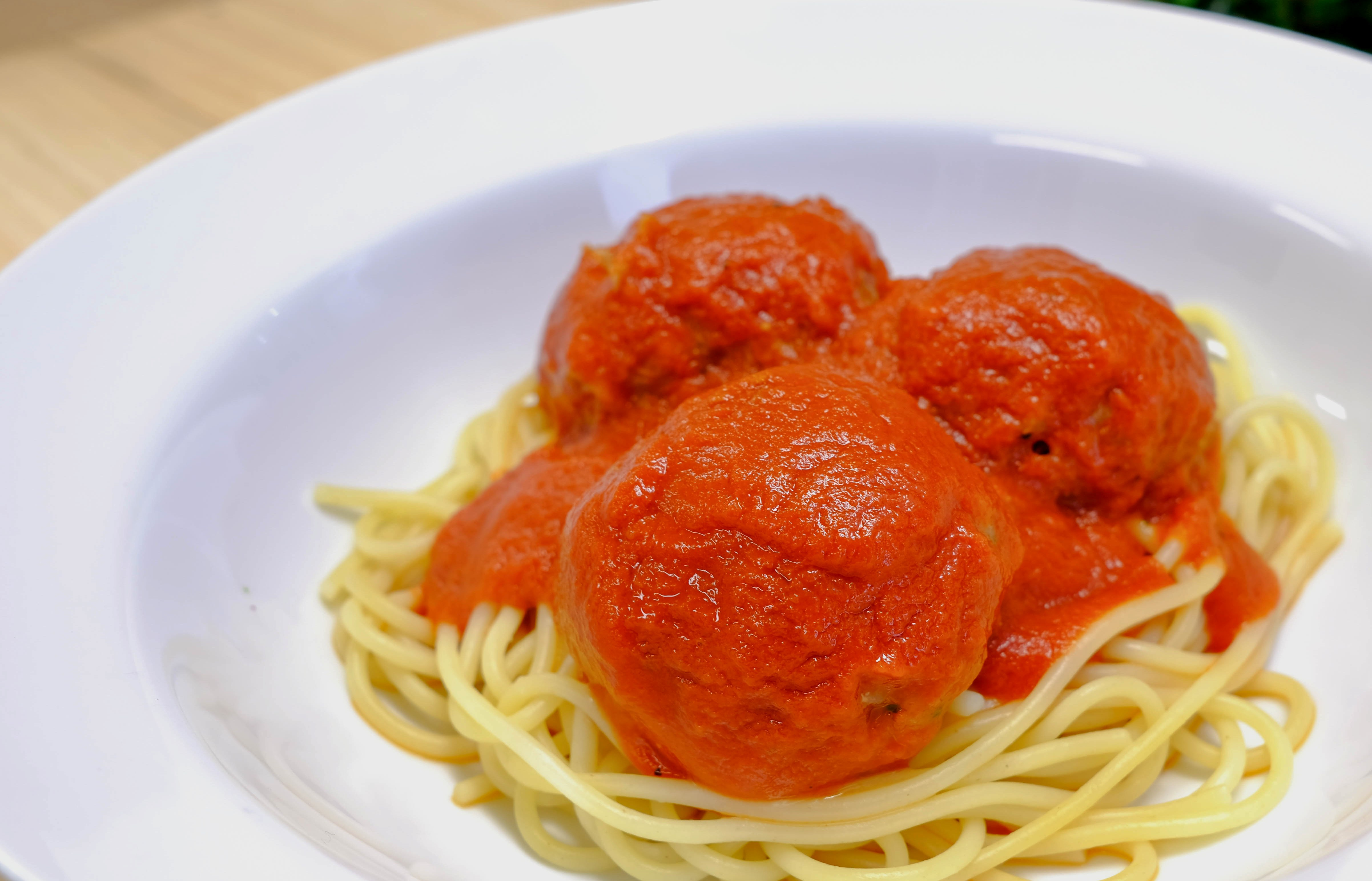 2.Pasta with OmMimeat Meatball